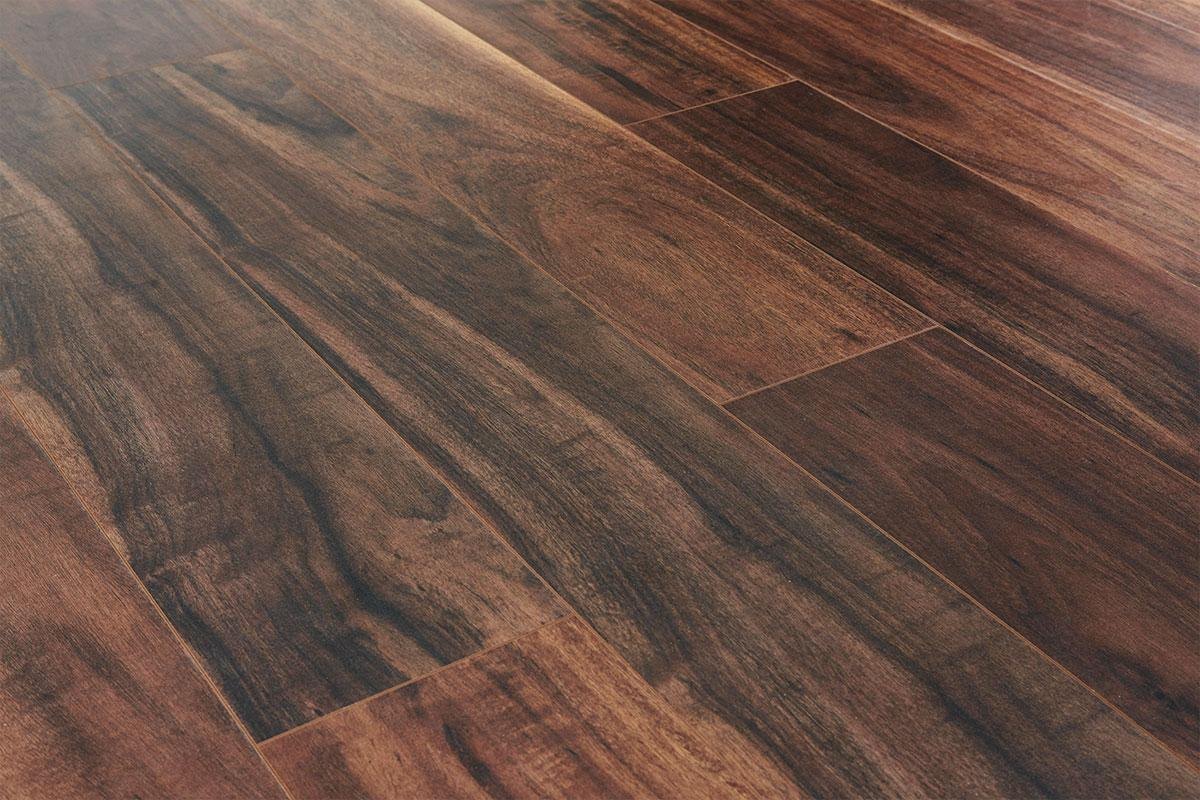 Aqualock 12mm Laminate Flooring Autumn Haze Oak
