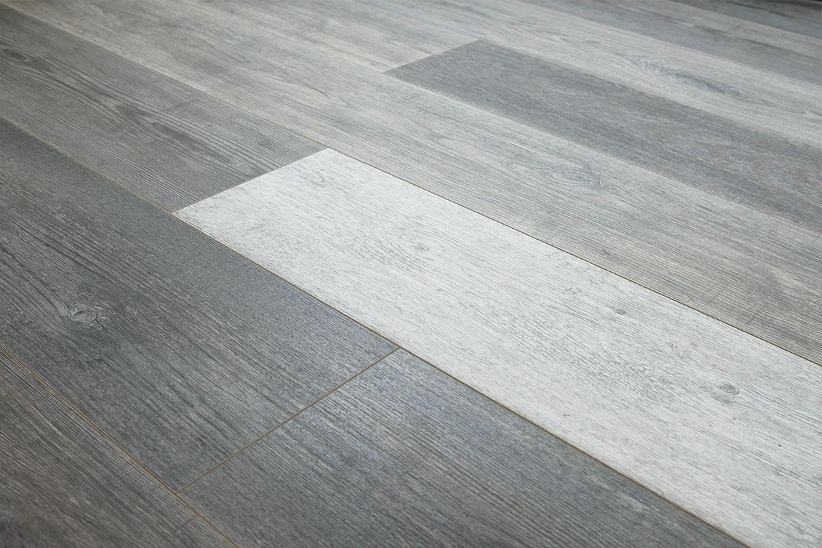 Aqualock 12mm Laminate Flooring Harlequin Grey Oak