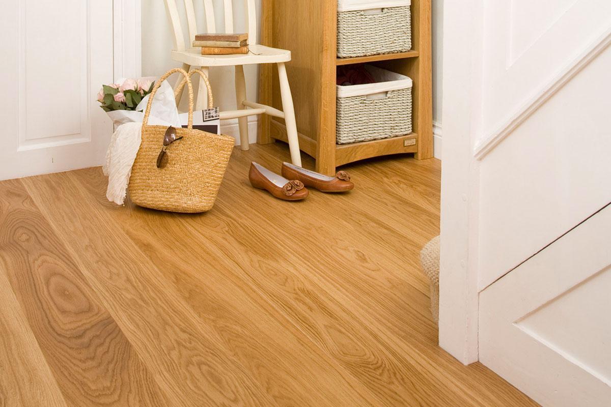 Barlinek Pure Engineered European Oak Flooring Caramel Grande Lacquered