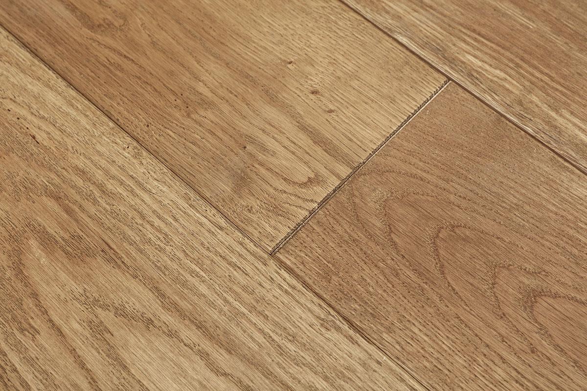 Galleria Classic Solid European Rustic Oak Flooring 18mm X
