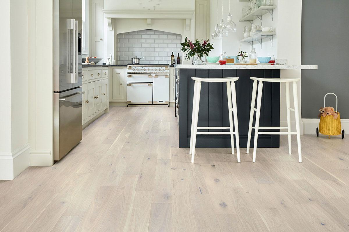 Home Choice Engineered European Rustic Oak Flooring 180mm Cappuccino Grande Lacquered