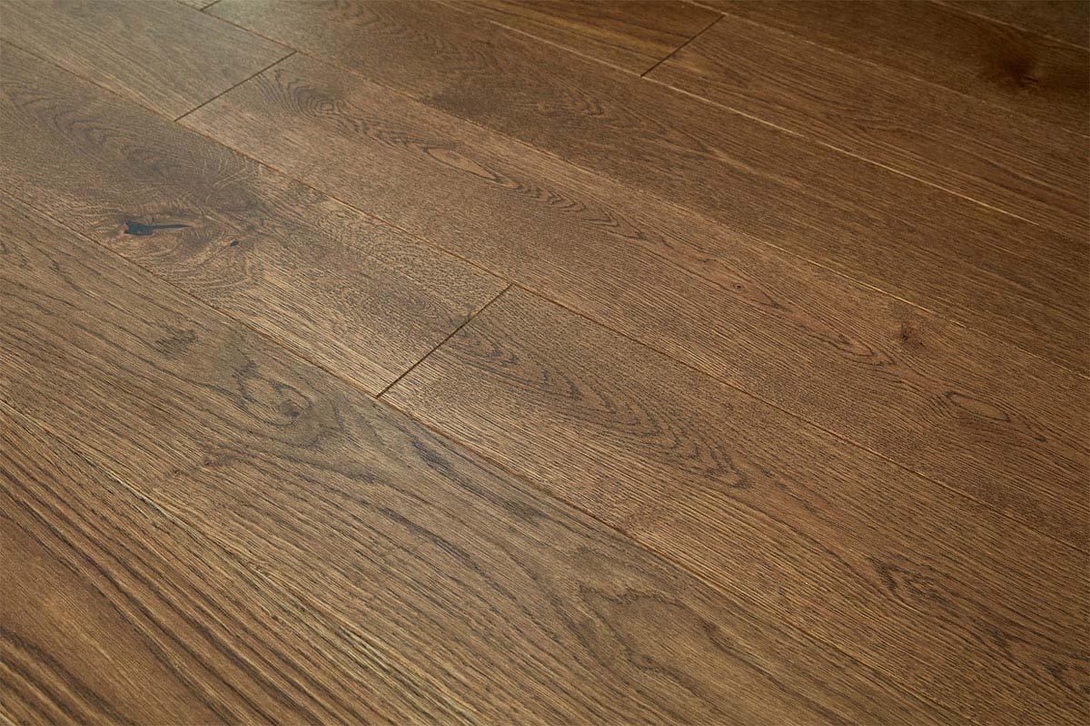 Home Choice Engineered European Rustic Oak Flooring 130mm Brown Sugar Lacquered