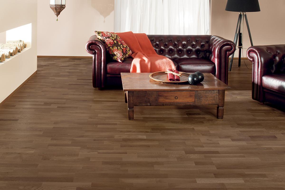 Home Choice Engineered European Rustic Oak Flooring 10mm x 207mm 3 Strip Brown Lacquered