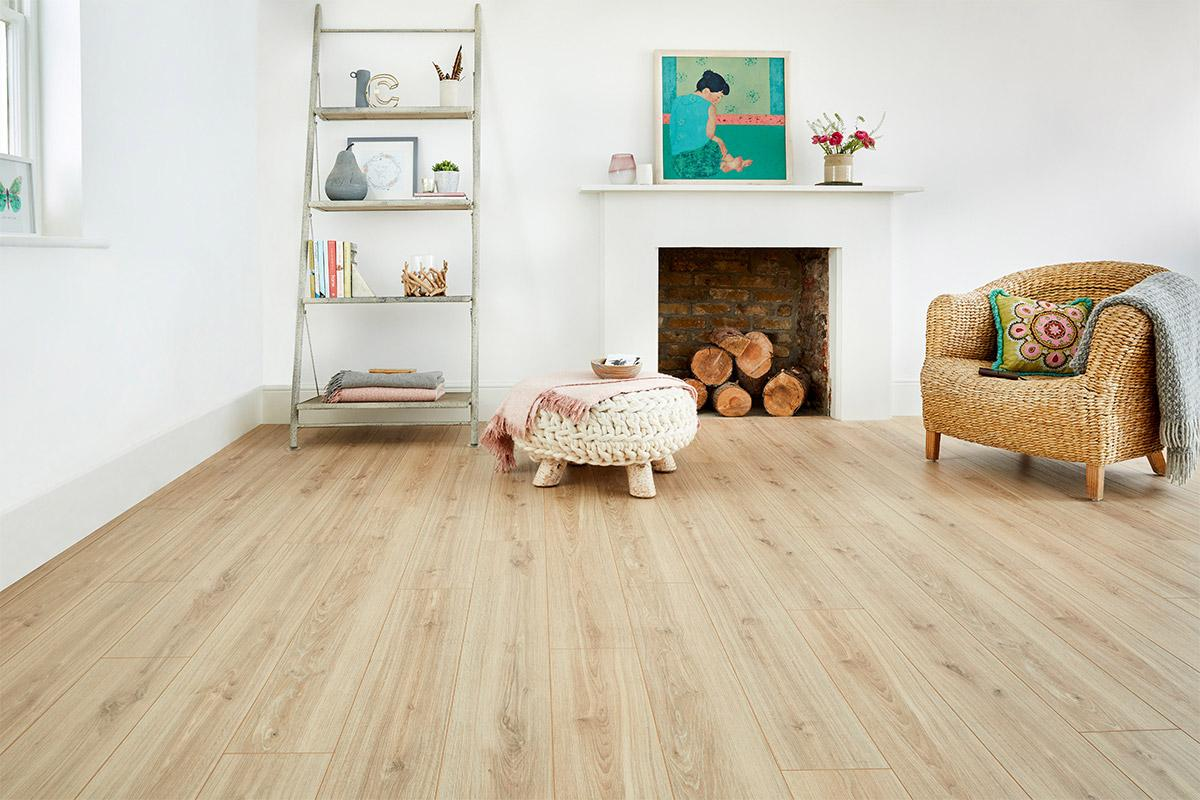 Series Woods Professional 12mm Laminate Flooring Oak Phalsbourg