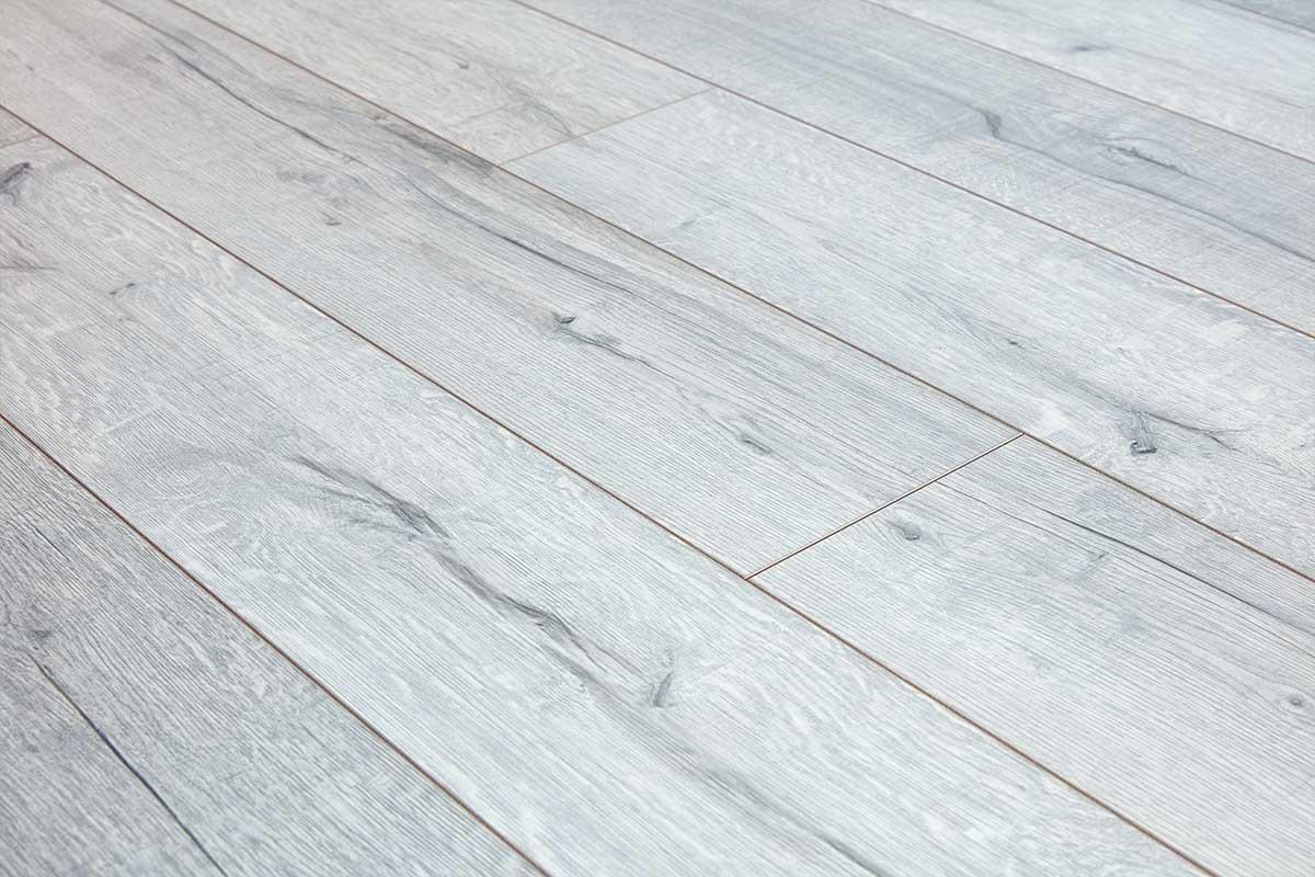 Series Woods Professional 12mm Laminate Flooring White Oak