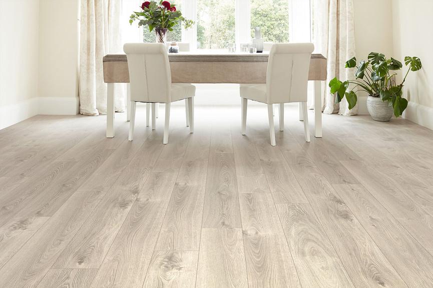Series Woods 8mm Gravel Oak V Groove Laminate Flooring