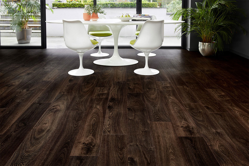 Series Woods 8mm Stout Oak V Groove Laminate Flooring