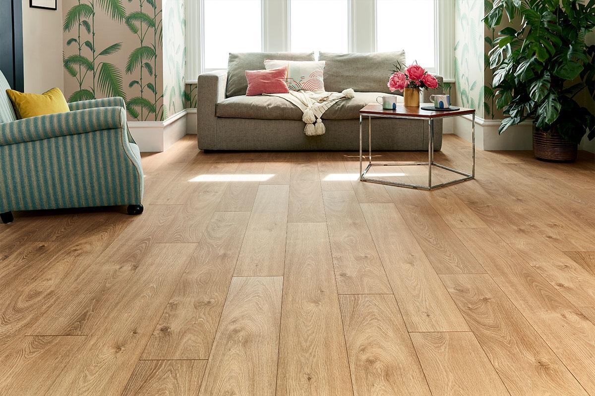 Series Woods Professional 12mm Laminate Flooring Smoked Oak