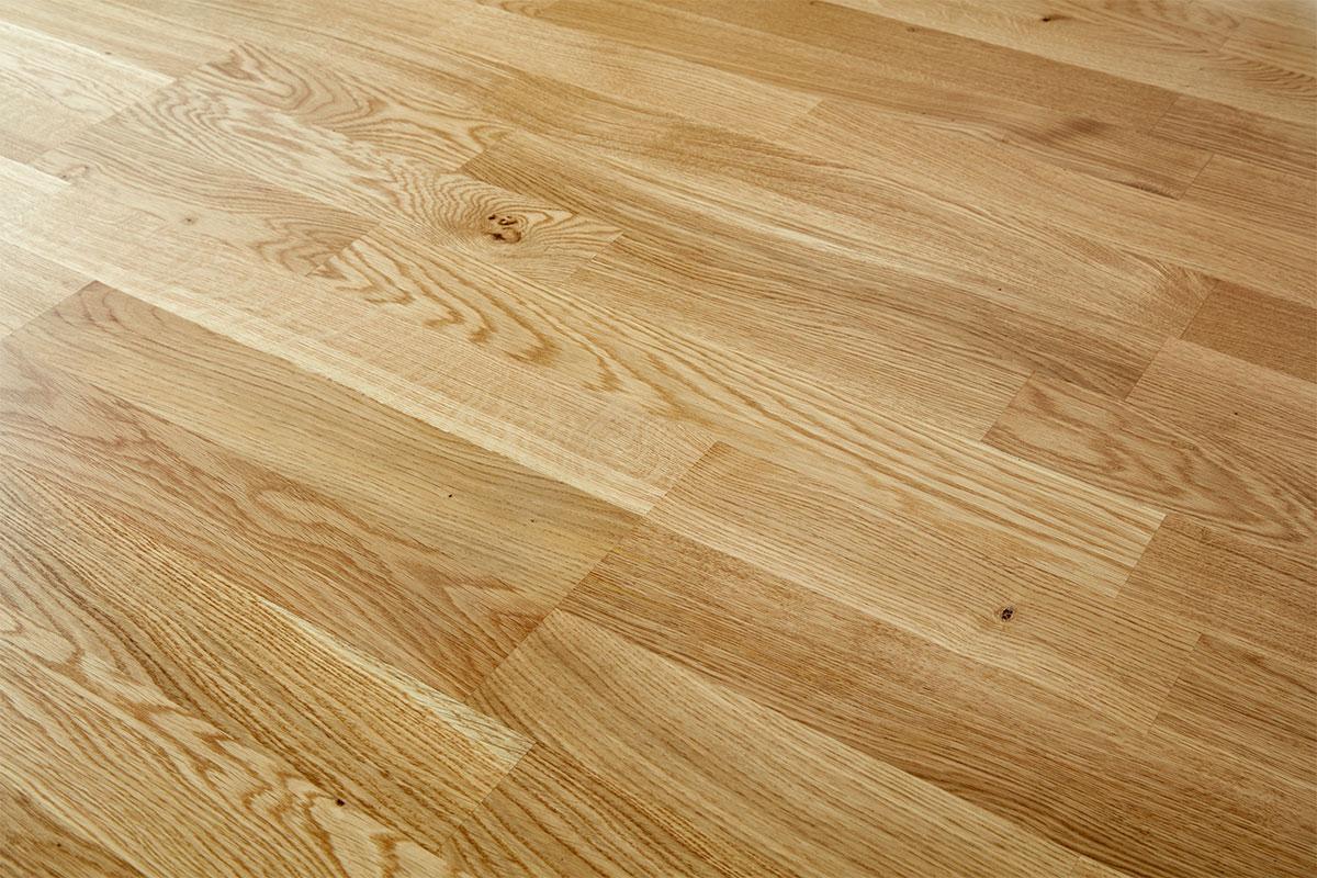 Home Choice Engineered European Nature Oak Flooring 14mm X 207mm 3 Strip Lacquered