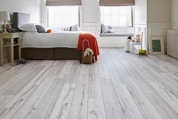 Series Woods 8mm Laminate Flooring, White Laminate Flooring Bedroom