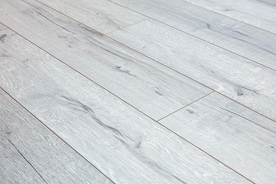 Series Woods Professional 12mm Laminate, Wide Plank White Oak Laminate Flooring