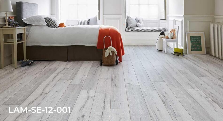 Series Woods Professional White Oak laminate flooring bedroom roomset