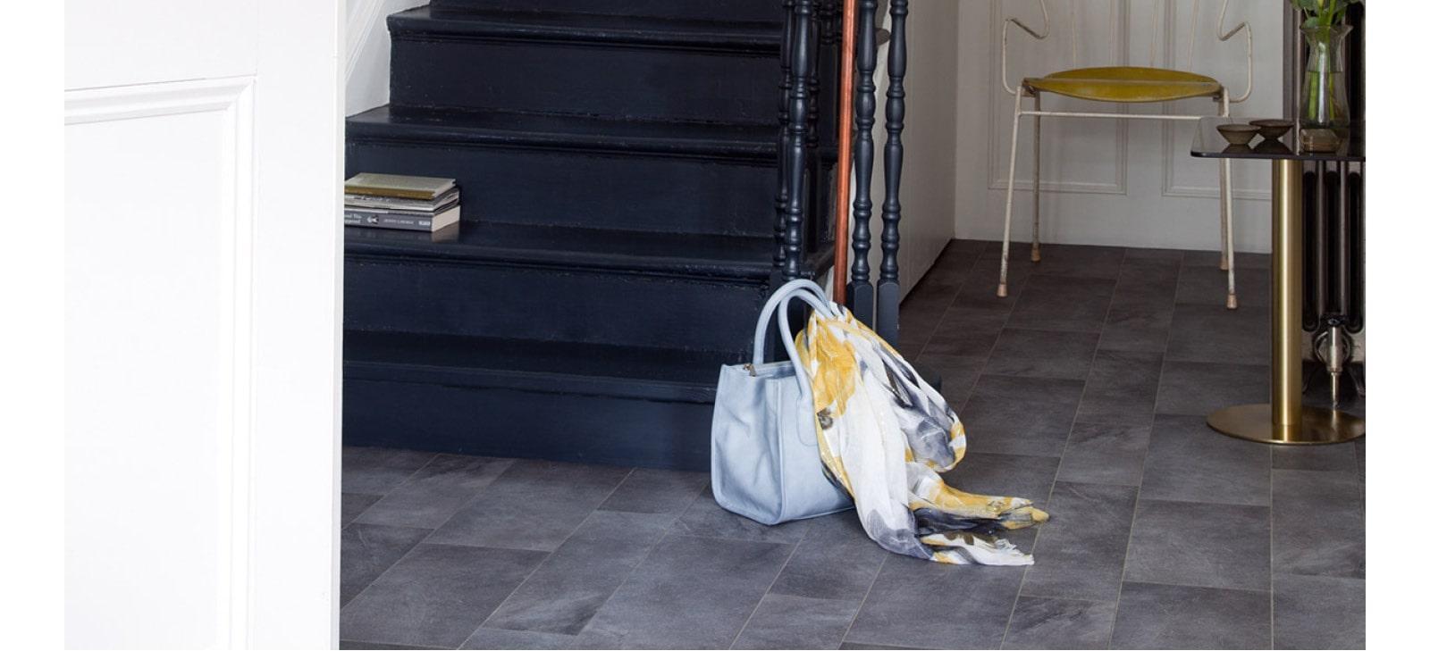 Dark tile effect sheet vinyl entrance roomsett