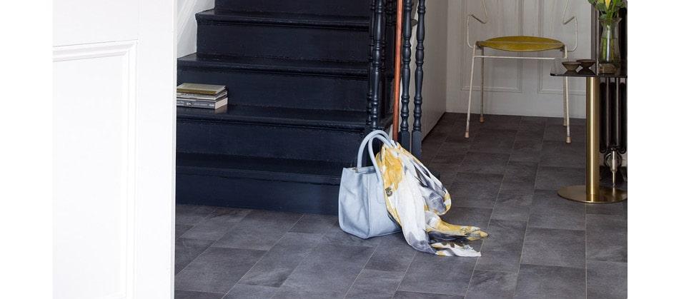 Dark tile effect sheet vinyl entrance roomset