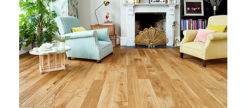 Colourful Lounge with Solid Oak Floor