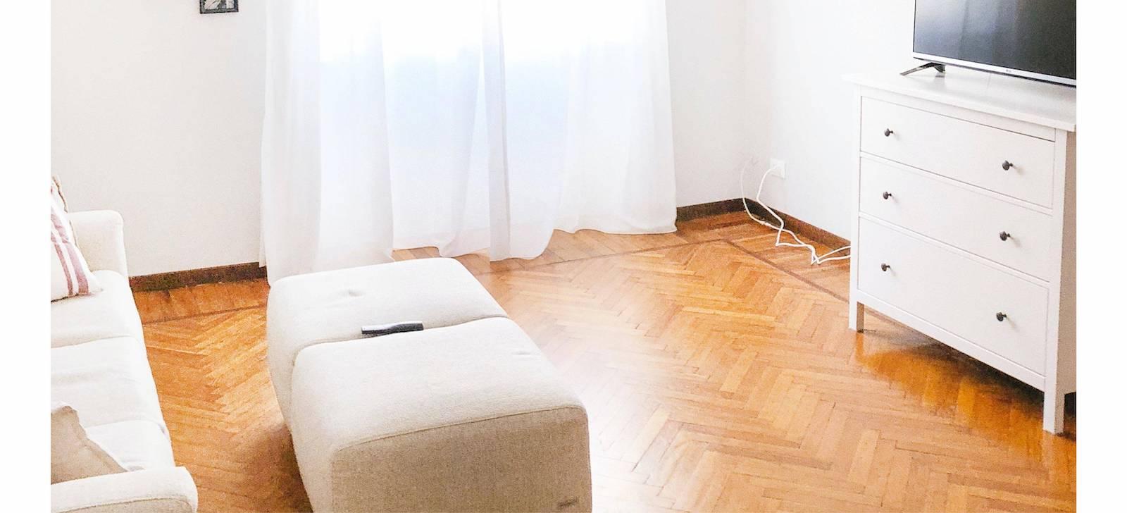bedroom wood floor