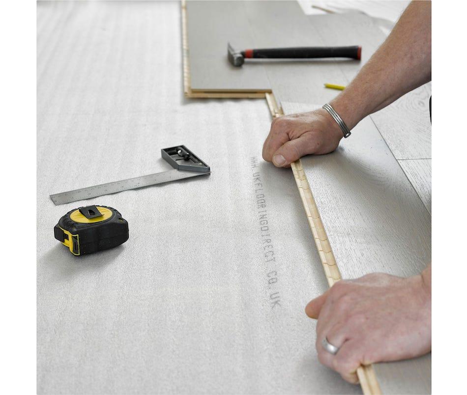floor laying equipment