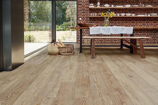 How To Install Laminate Flooring Uk, Laying Laminate Flooring On Concrete Uk